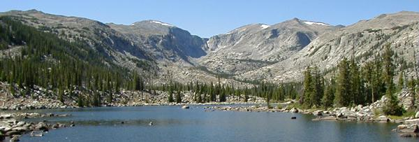 willowlake.jpg (28224 bytes)